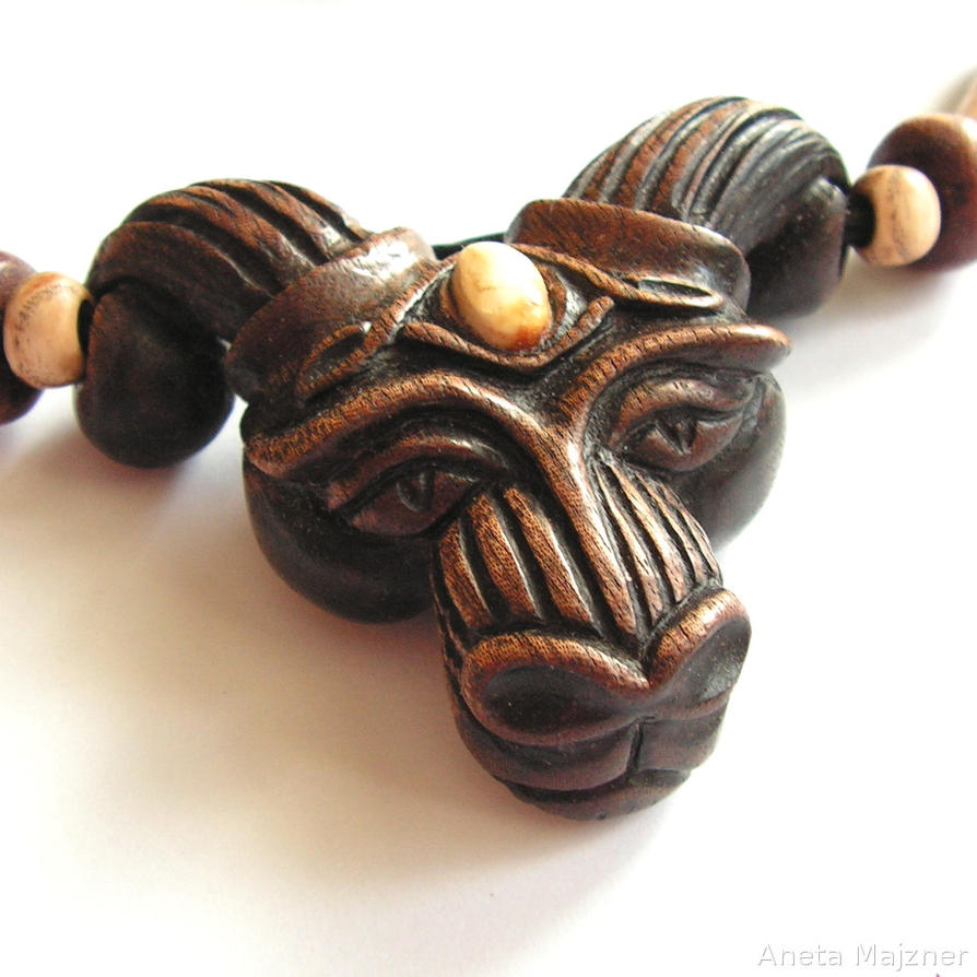 hammer the carving woodcarver thor necklace thors hand ales carved s wood necklaces