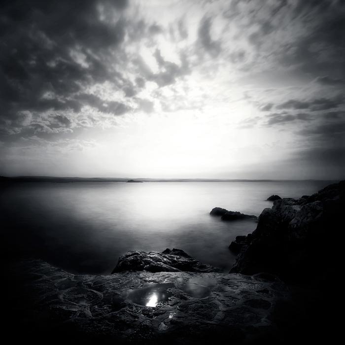 island by uzengia