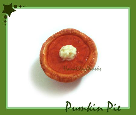 Pumpkin Pie Magnet by HanaClayWorks