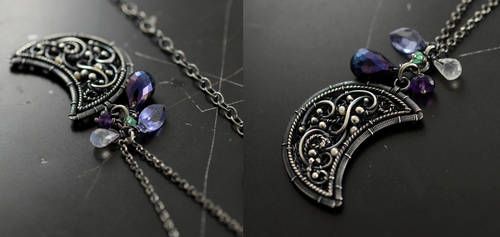 Lullaby - necklace by JoannaWatracz