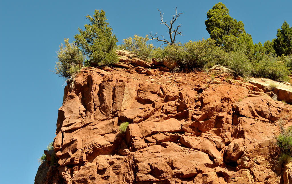 Cliff face by lawout16