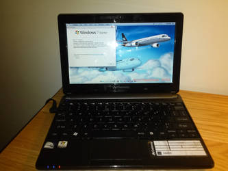 A picture of my netbook by WindyThePlaneh