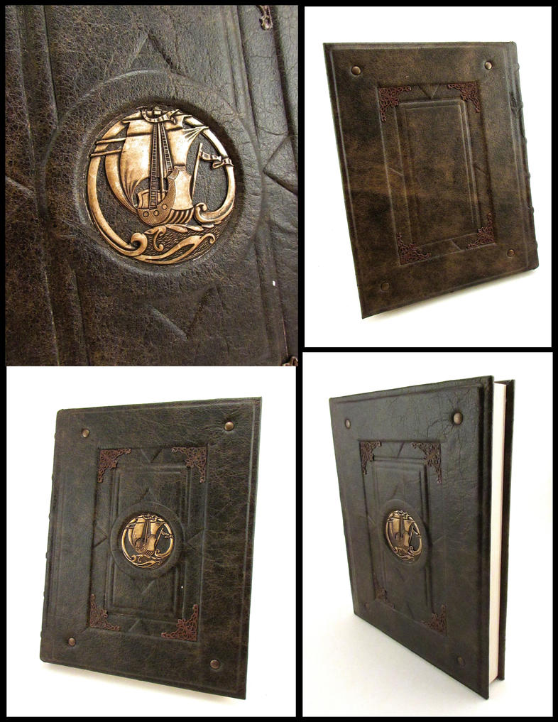 Navigator Sketchbook by MilleCuirs