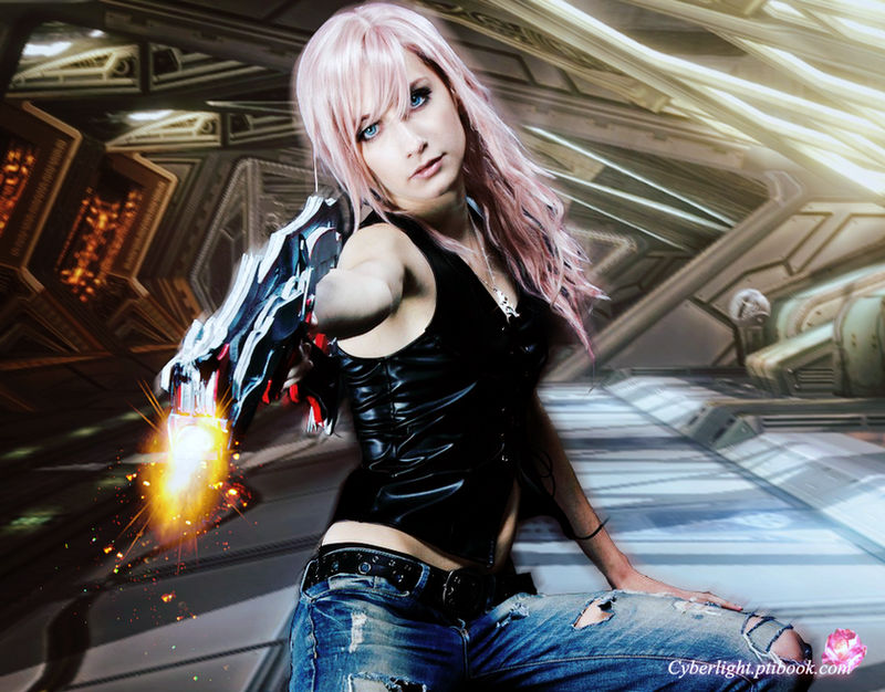 Lightning cosplay - Take that.