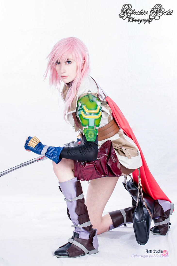 Lightning - Final Fantasy XIII by cyberlight