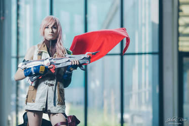 Lightning Cosplay - Ready for fight.
