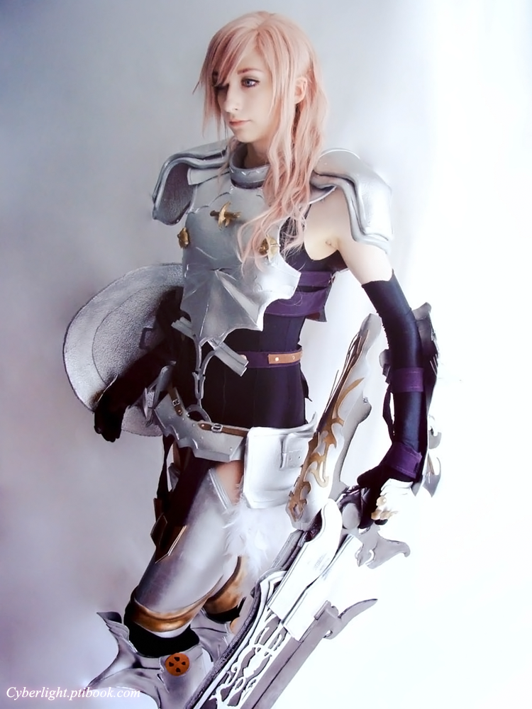 Lightning Cosplay - The Etro's guardian by cyberlight