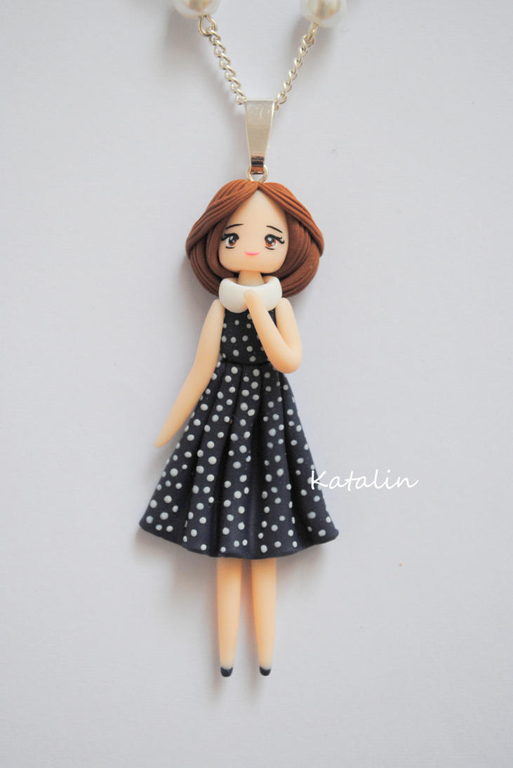 clay girls Clay pot girl hi sis, i'm going to start making these,, cuz i can't find anymore of the right size of glass bowls that i need :((((find this pin and more on clay pot people by melindaplymale perfect for my daughter summer activities.
