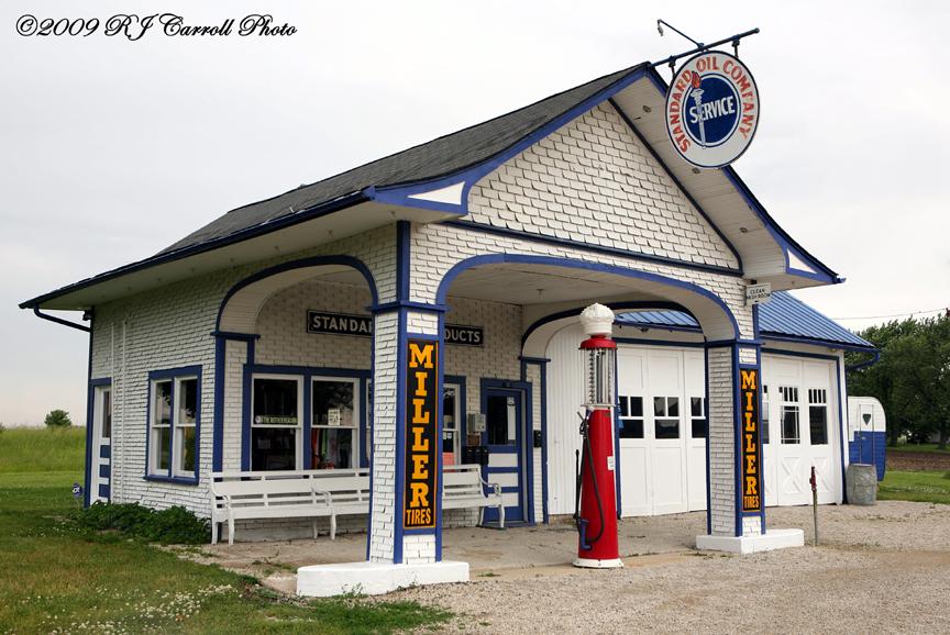 Odell Standard Oil Station II by rjcarroll