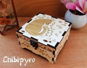 Wooden box black cat