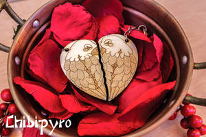 Couple Keychain Parrots by ChibiPyro