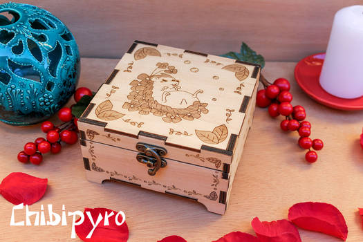 playfull hedgehog engraved wooden box