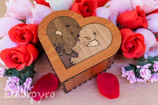 Bear Heart Box wooden marquetry