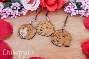 customizable wooden Guinea Pigs charms by ChibiPyro