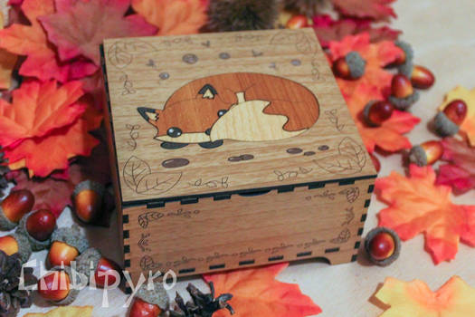 fox wooden maquetry box