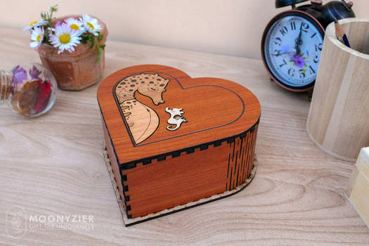 cute father's day box with seahorse