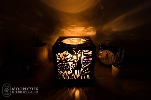 Savannah lantern Giraffe side