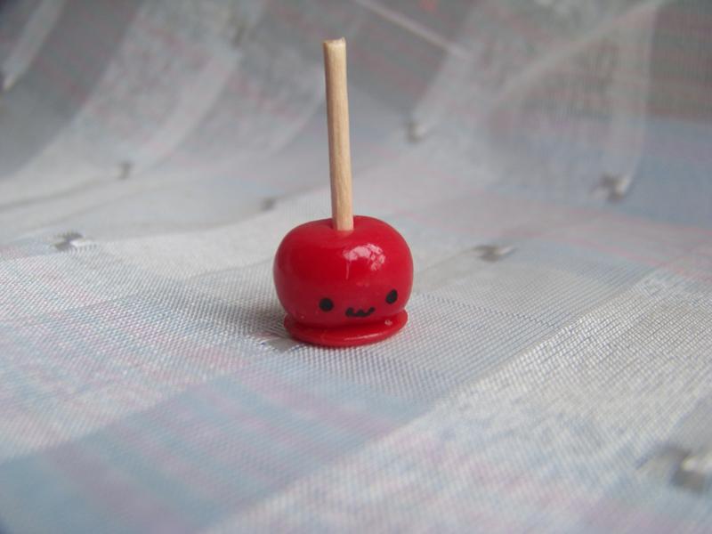 Candy apple by CuteTanpopo