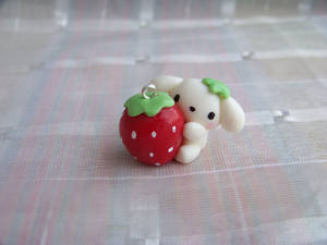 Berry puppy giant strawberry