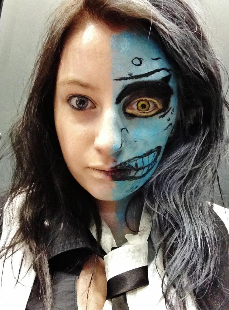Two-Face 'Batman TAS' Make-up by QuackersQ