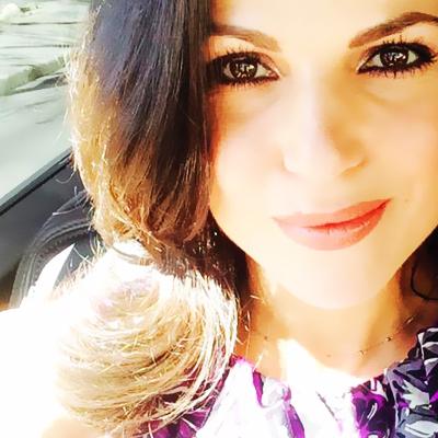 Lana Parrilla twitter pics