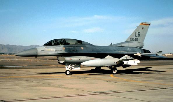 302d TFS F-16D-32