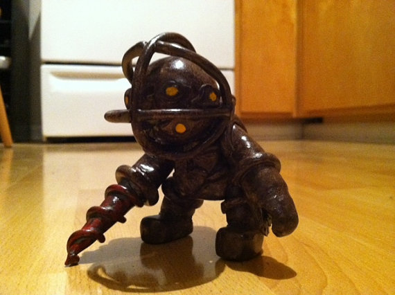 Big daddy from bioshock statue by Lycanis2012