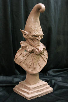 Evil-Jester-bust-WIP-1