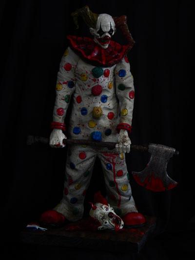Evil-Clown-Finshed-1 by Blairsculpture