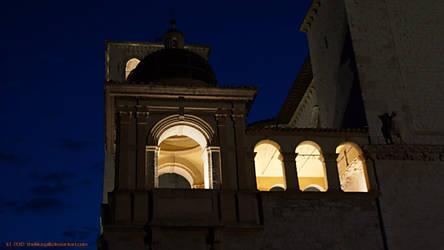 Assisi 2012 St Francesco lights on 2