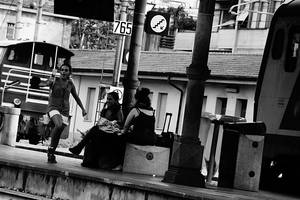 Singing girl at the Arezzo train station