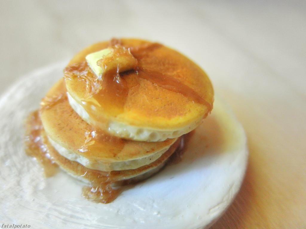petite pancakes by FatalPotato