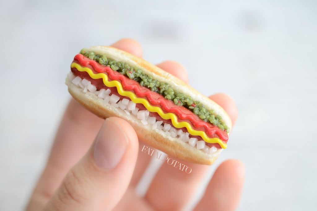 1:3 hot dog by FatalPotato