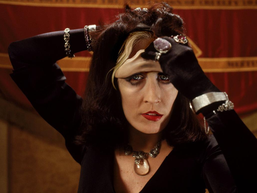 Margot Robbie as Anjelica Huston by TheMaskedMoron
