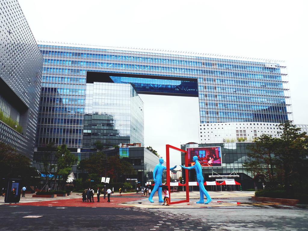 S. Korea_Digital Pavilion by JiyuuHikari