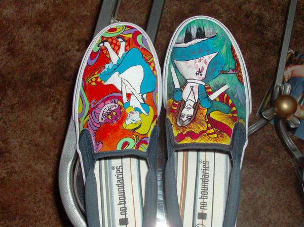 alice in wonder land shoes by PiercedHobo