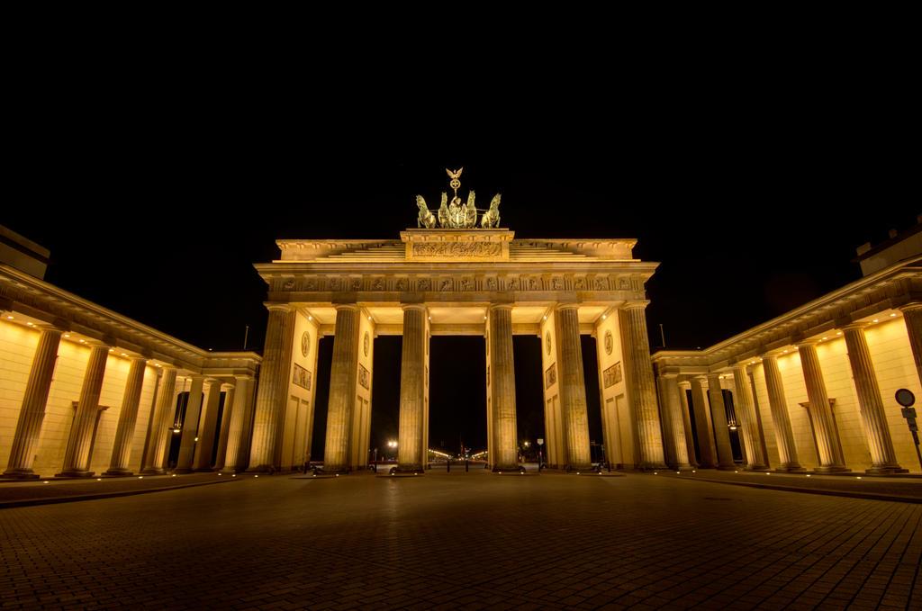 Brandenburger Tor by GuadianAngel