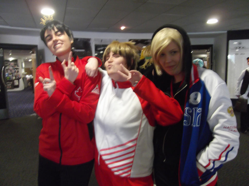 JJ, Chris and Yurio cosplayers-Sunnycon 2017 by Fran48