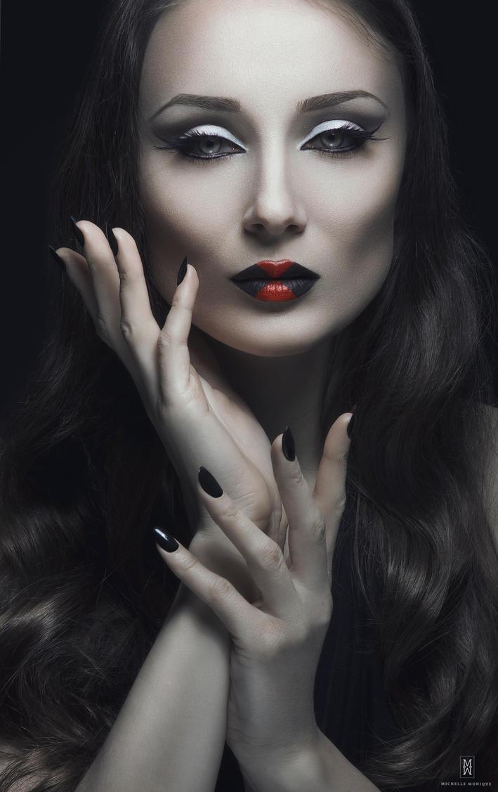 Black Widow by michellemonique