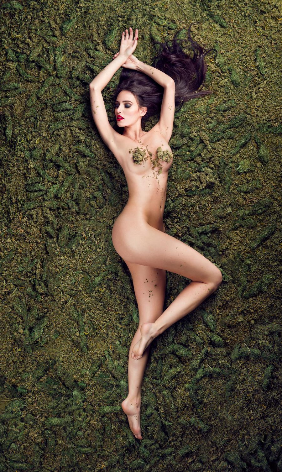 Queen of Weed by michellemonique