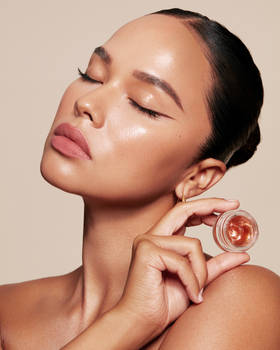 Kendall Jenner Collection Kylie Cosmetics