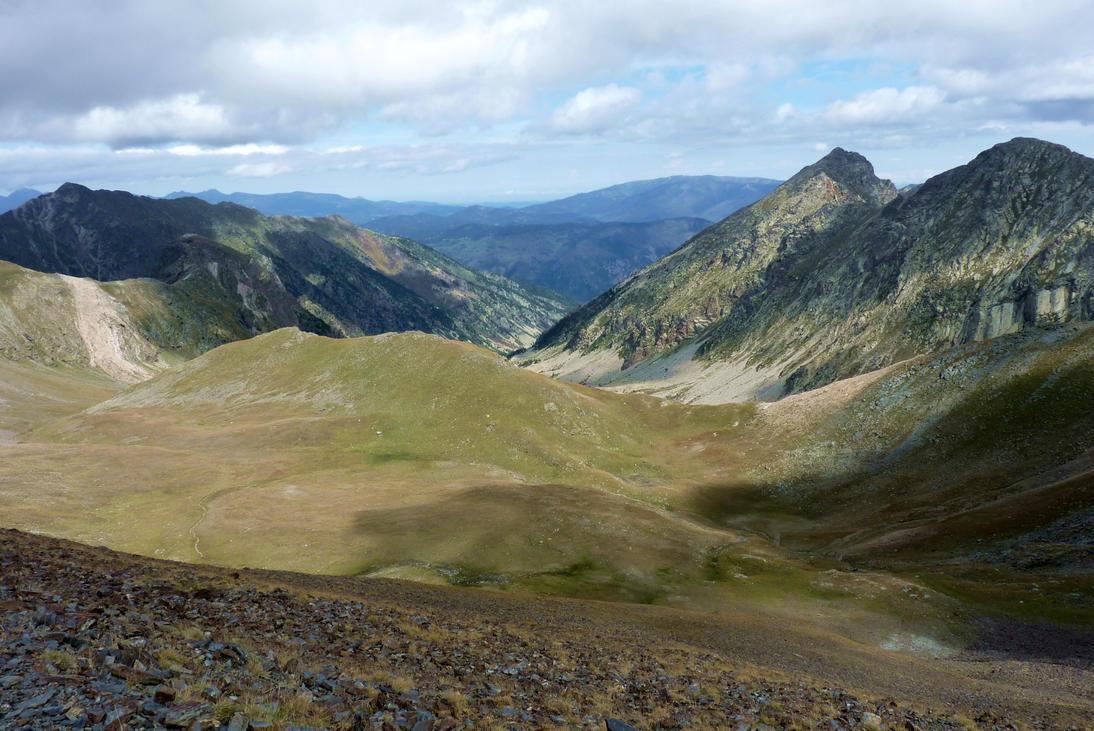 3 Weeks mountain hiking ... by Nebruban