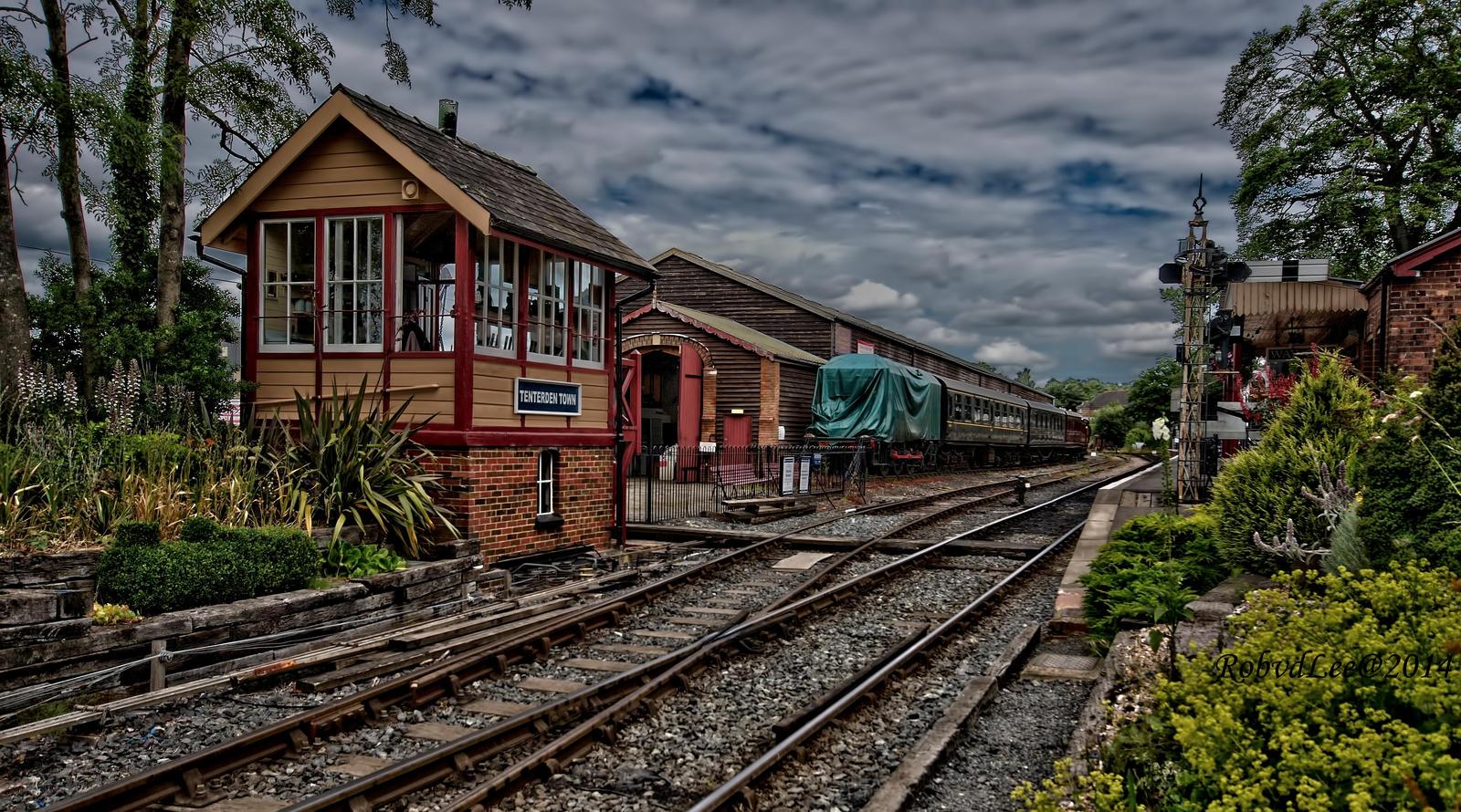 Tenterden station by forgottenson1