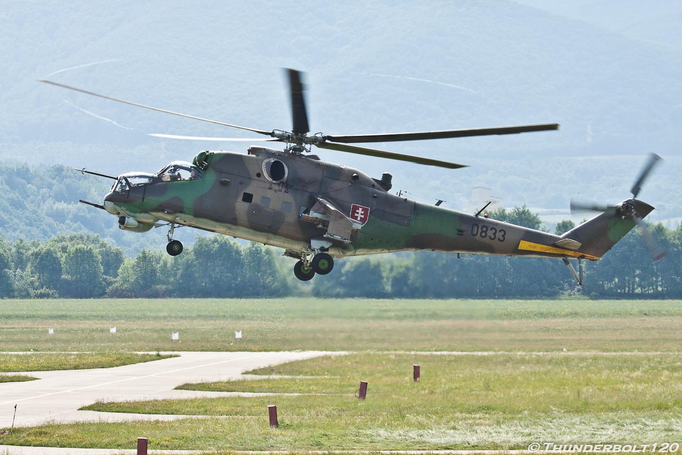 Mi-24V Hind 0833