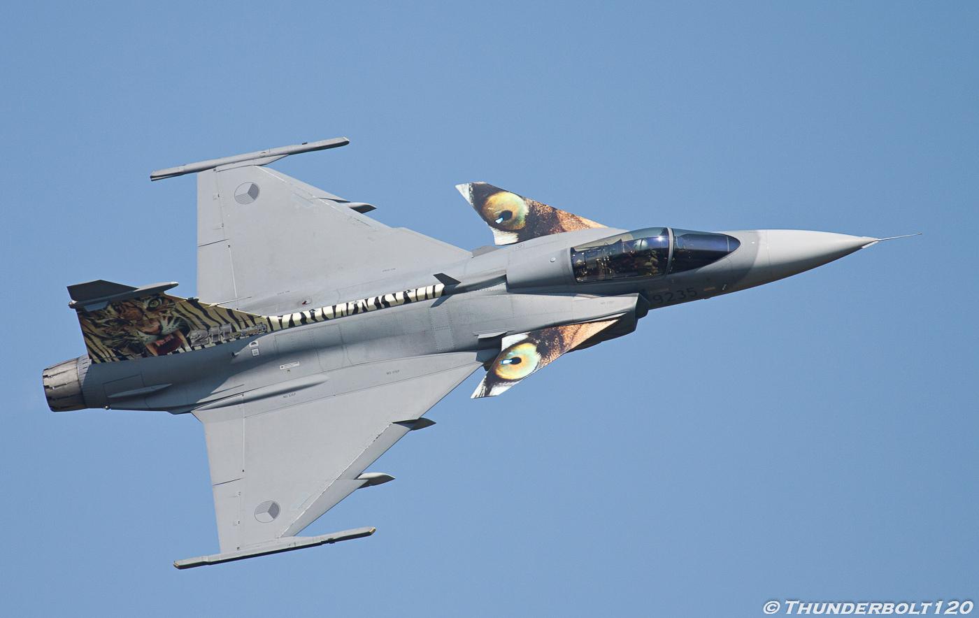 Jas-39C Gripen 9235