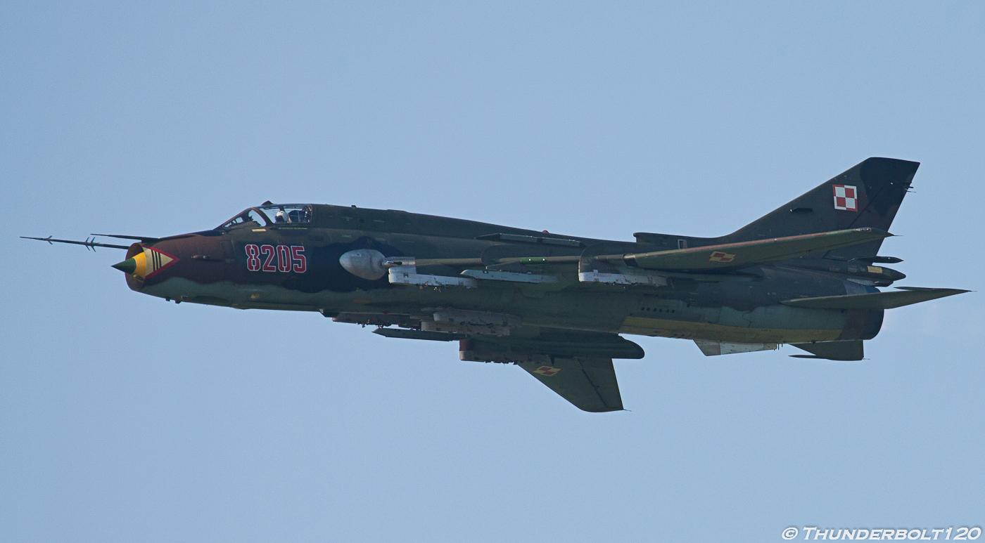 Su-22M-4 8205