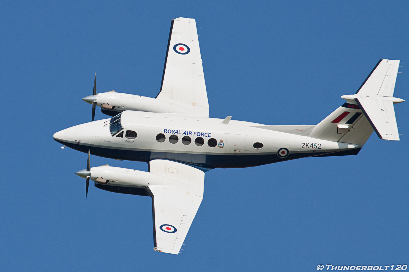 B200 King Air ZK452