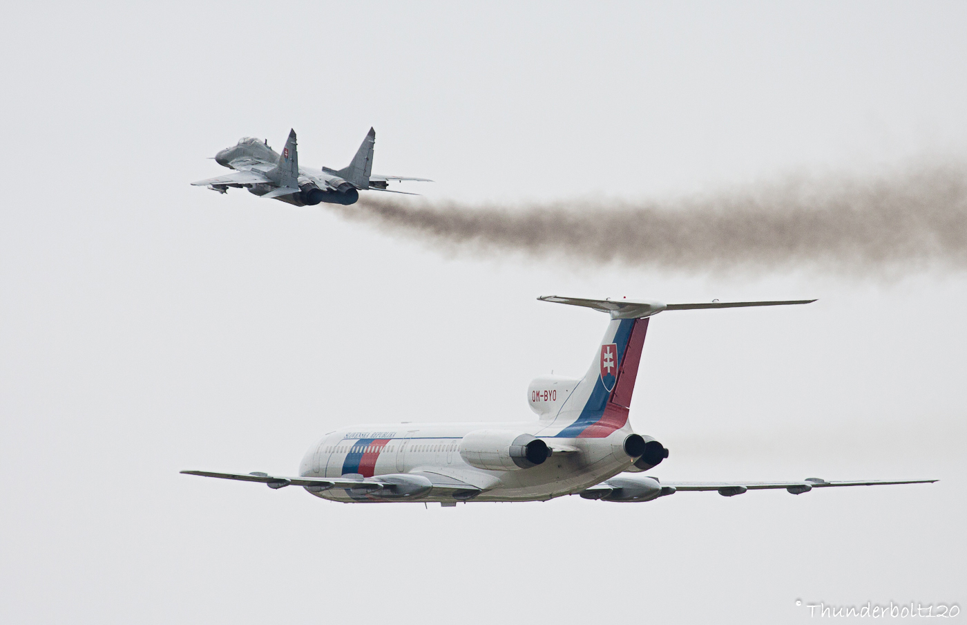 Tu-154M and Mig-29AS