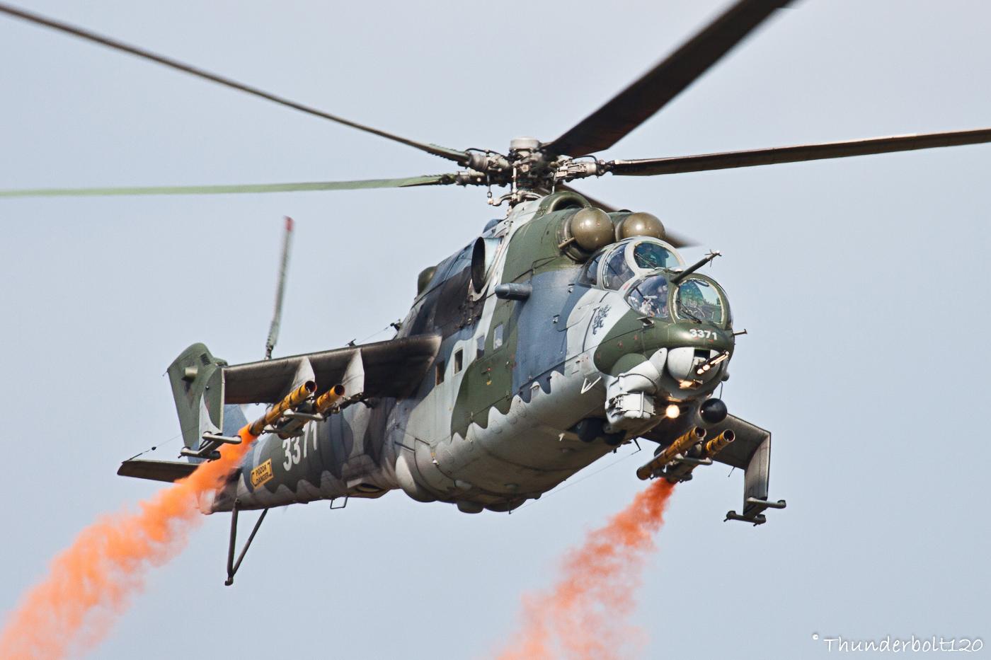 Mi-24V Hind 3371