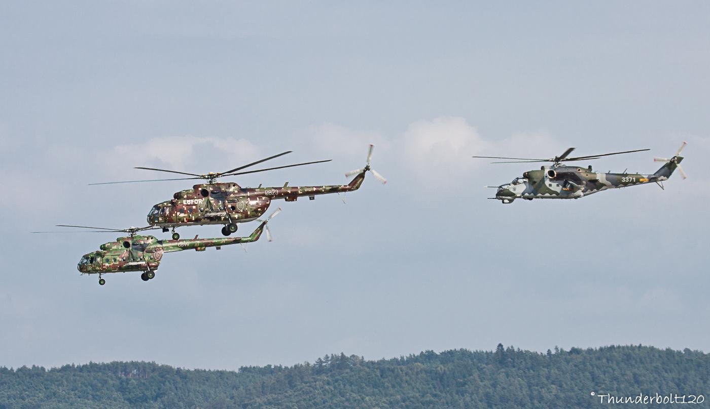 2x Mi-17 and Mi-24